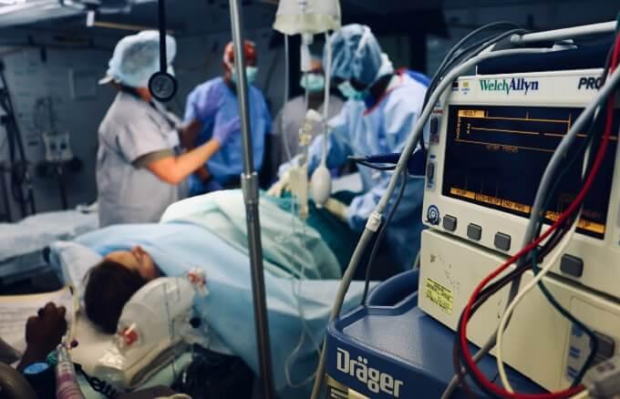 病院の手術
